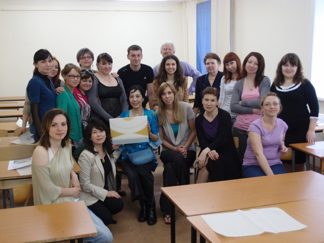 after the lecture with the students .JPG