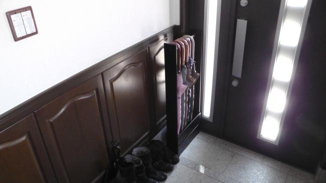 玄関の傘かけに合うS字フック