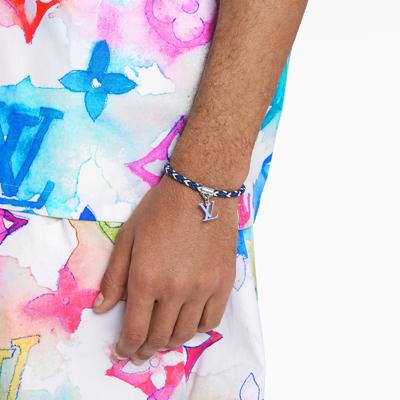 M6792E-friendship-bracelet