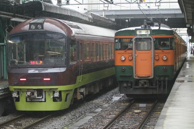 リゾートやまどり 特急「草津」上野行き3