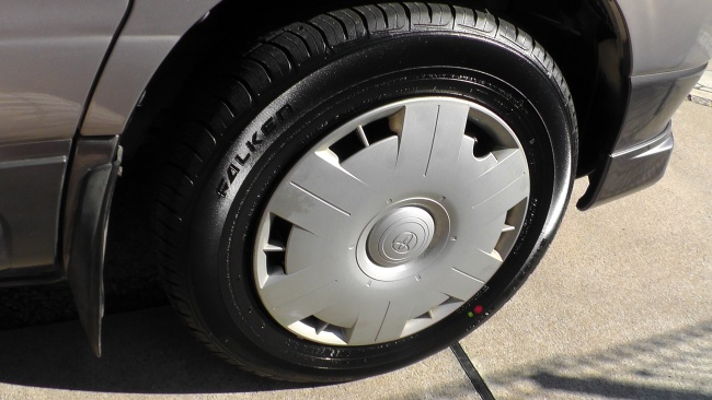 タイヤもホイールごと交換