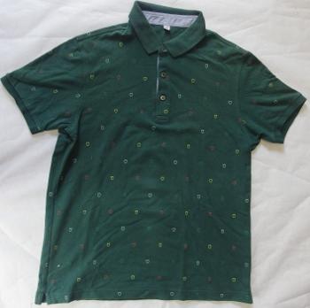 ユニクロのポロシャツ.jpg