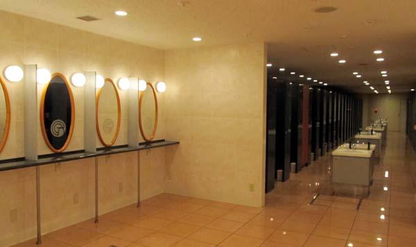 16 トイレ 1.JPG