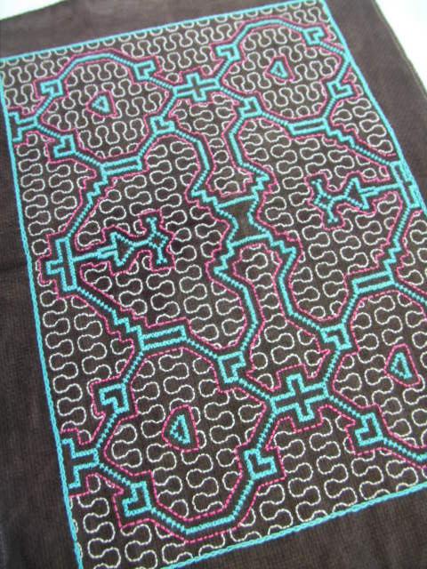 刺繍XP水色とピンク.JPG