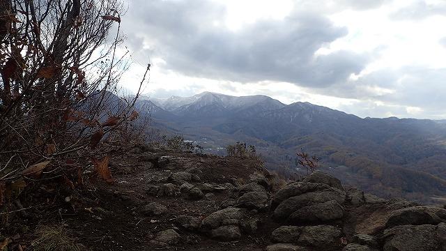 PB021623 13:18合流して札幌岳.jpg