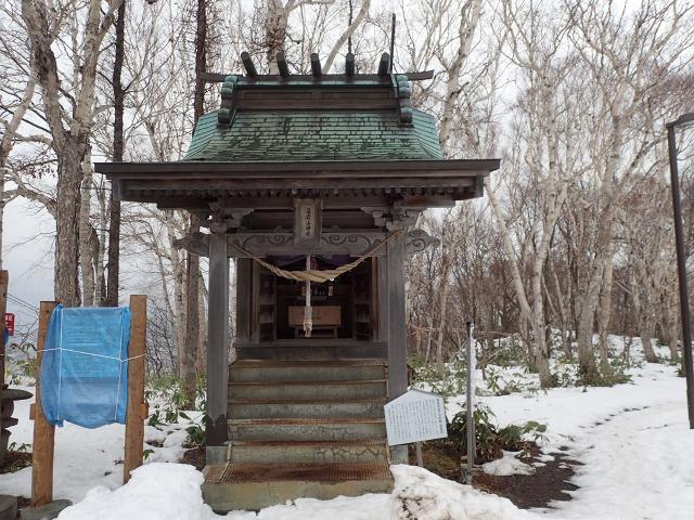 PC162983 13:35藻岩山神社.jpg