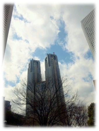 2012.3.11.新宿ビル街
