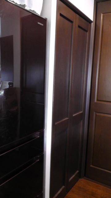キッチンにある納戸の入口