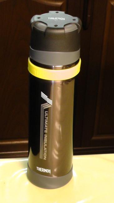 サーモスの山専用ステンレスボトルFFX-900