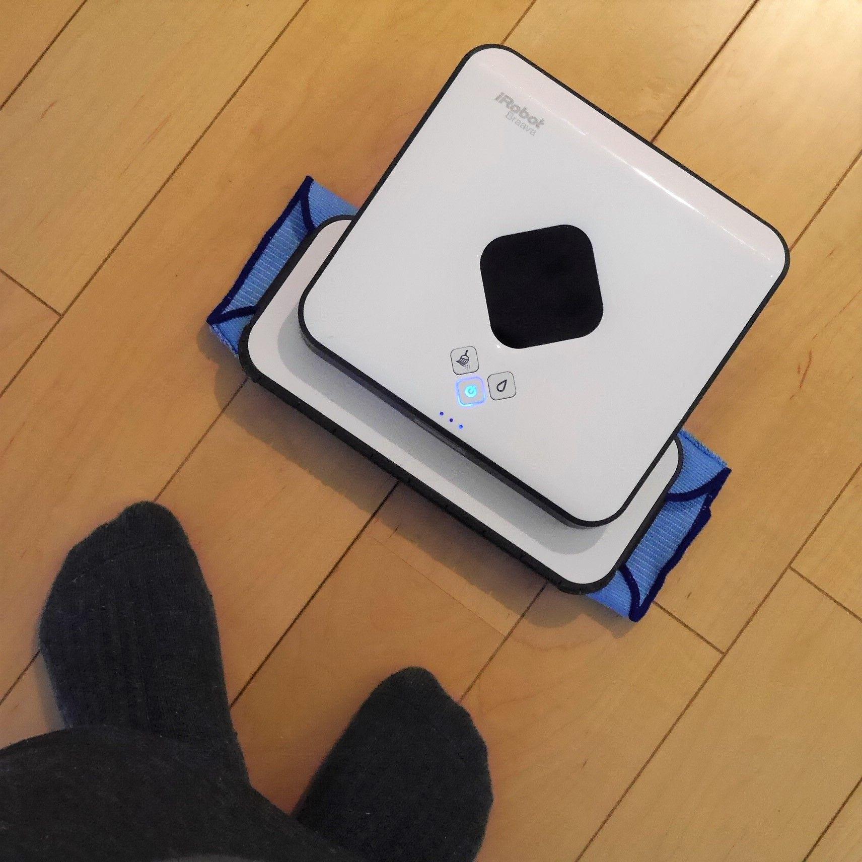 【お試しレポ】床がサラサラだと気持ちいい♪ 素足+床暖房フローリング生活にオススメの床拭きロボットブラーバ380のウェットモード by アイロボット