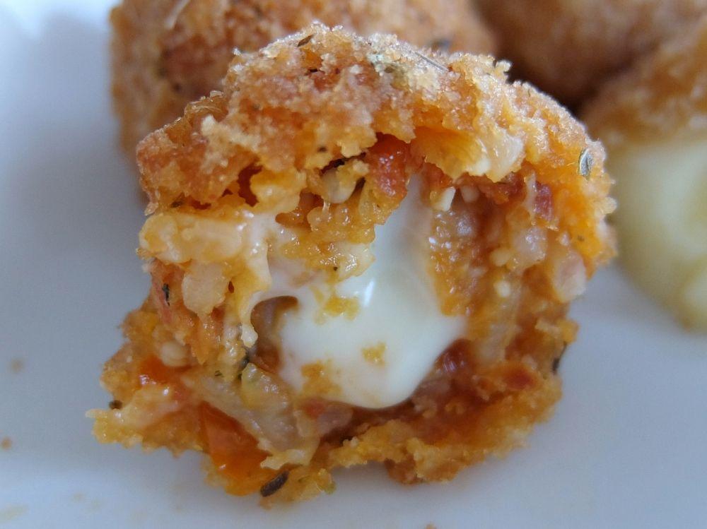コストコ チーズフライアソート トマトアランチーニ(Tomato Aranchini)