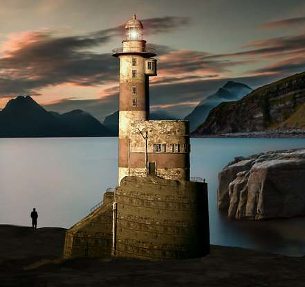 lighthouse-1936778_1920-1.jpg