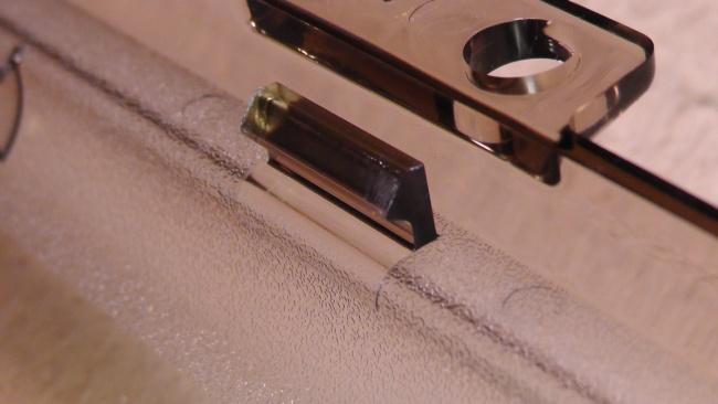 未来工業 ウォルボックス [CWB-DM]のカバーのラッチがきつい