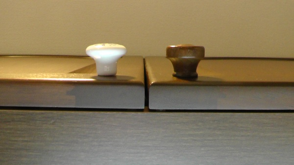 陶器つまみ ブルーフラワー