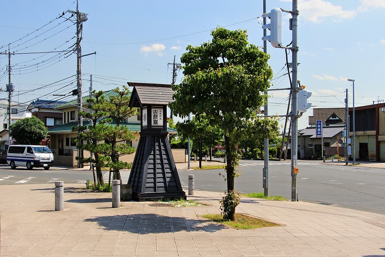 5.旧日光街道の常夜灯.JPG