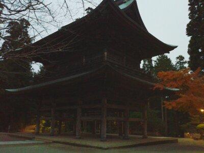 北鎌倉円覚寺三門夕2012年12月