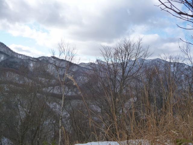 P1320410神威岳から百松沢山11:58.jpg