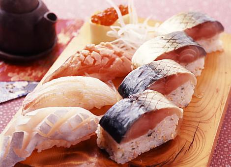 海鮮豚屋 憲七百 安くて美味しいお寿司☆