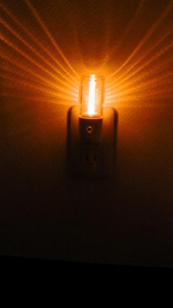 ナイトライトNL30AMは上の方しか照らしません