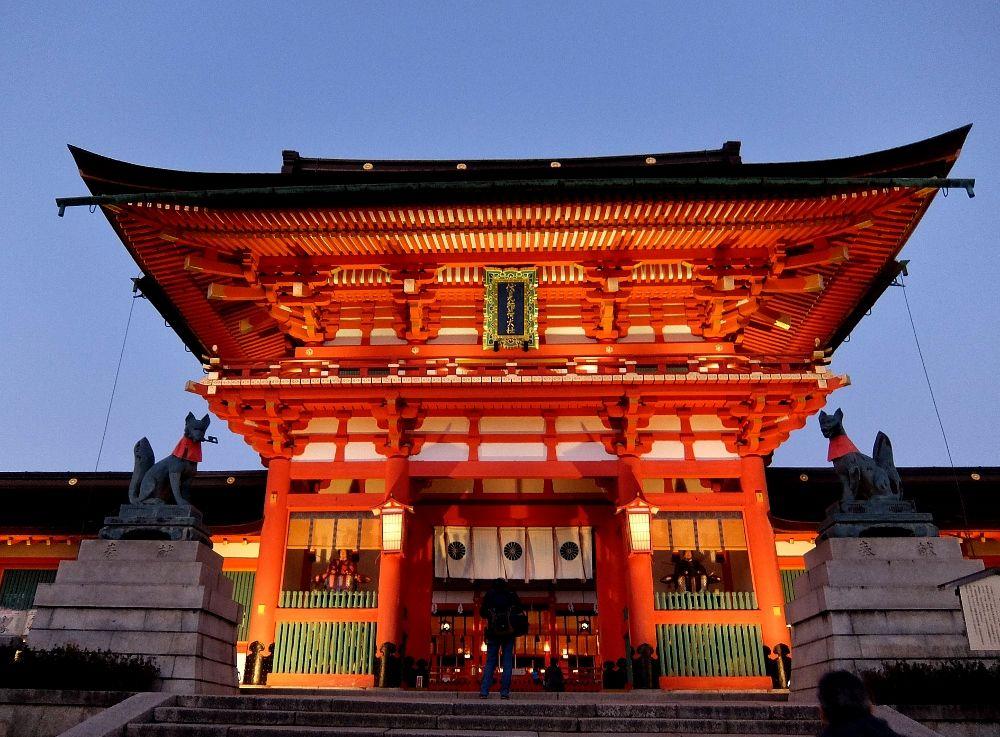 京都 伏見稲荷大社 きつね 千本鳥居 旅 楼門