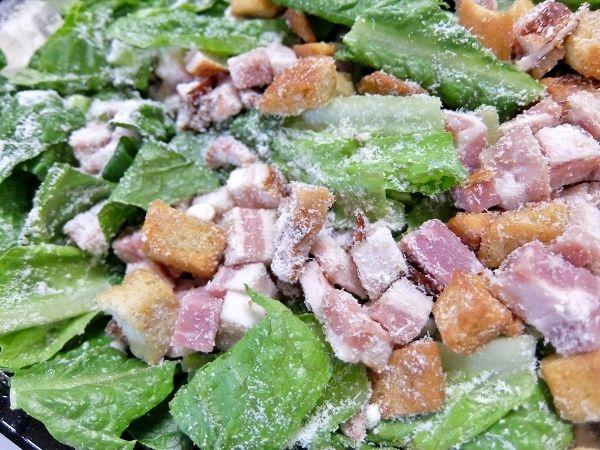 コストコ ベーコンシーザーサラダ 円 Classic Bacon Caesa デリ