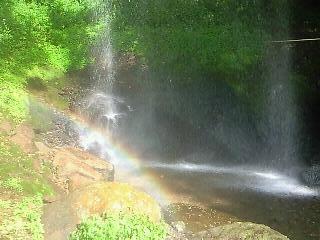 20130915赤城棚下の滝の虹.JPG