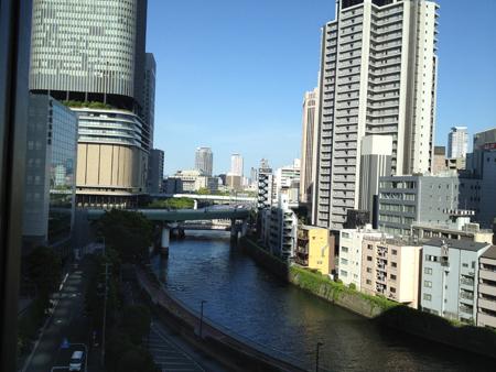 三井ガーデンホテル大阪プレミア窓からの景色
