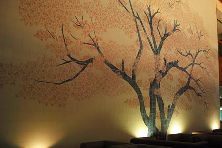 タイルの壁画.jpg