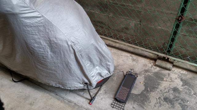 PCX ソーラーチャージャー 充電 バッテリー