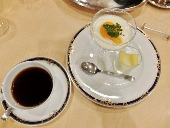 和歌山 串本ロイヤルホテルの朝食バイキング 夕食はフレンチ ソレイユでミニコース ビュッフェ