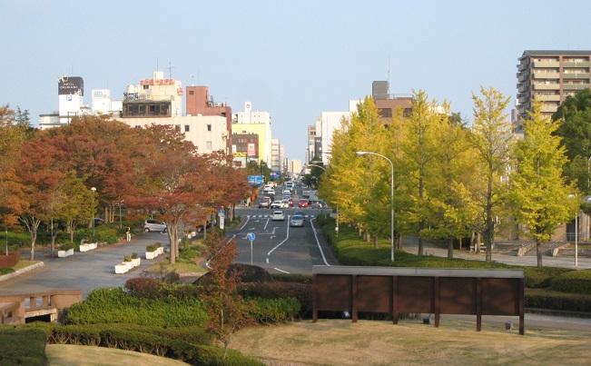 美術館風景(秋)2.jpg