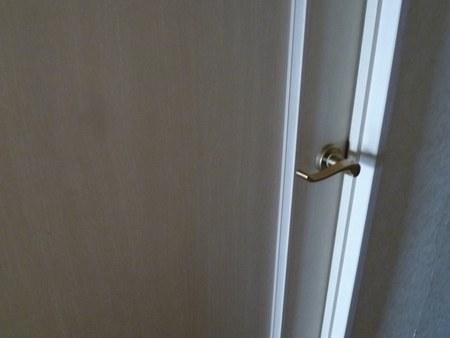1寝室ドア450.jpg