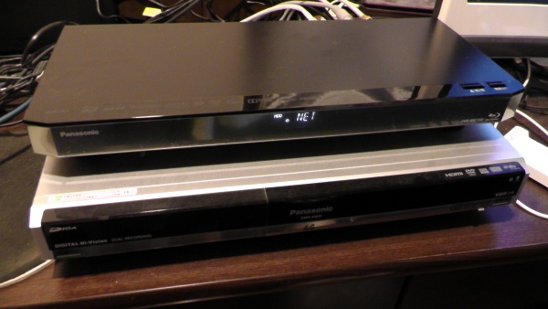 DMR-BRZ1000とDMR-XW31 Panasonic