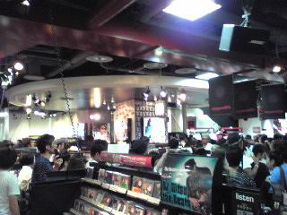 HMV渋谷・ライブ後