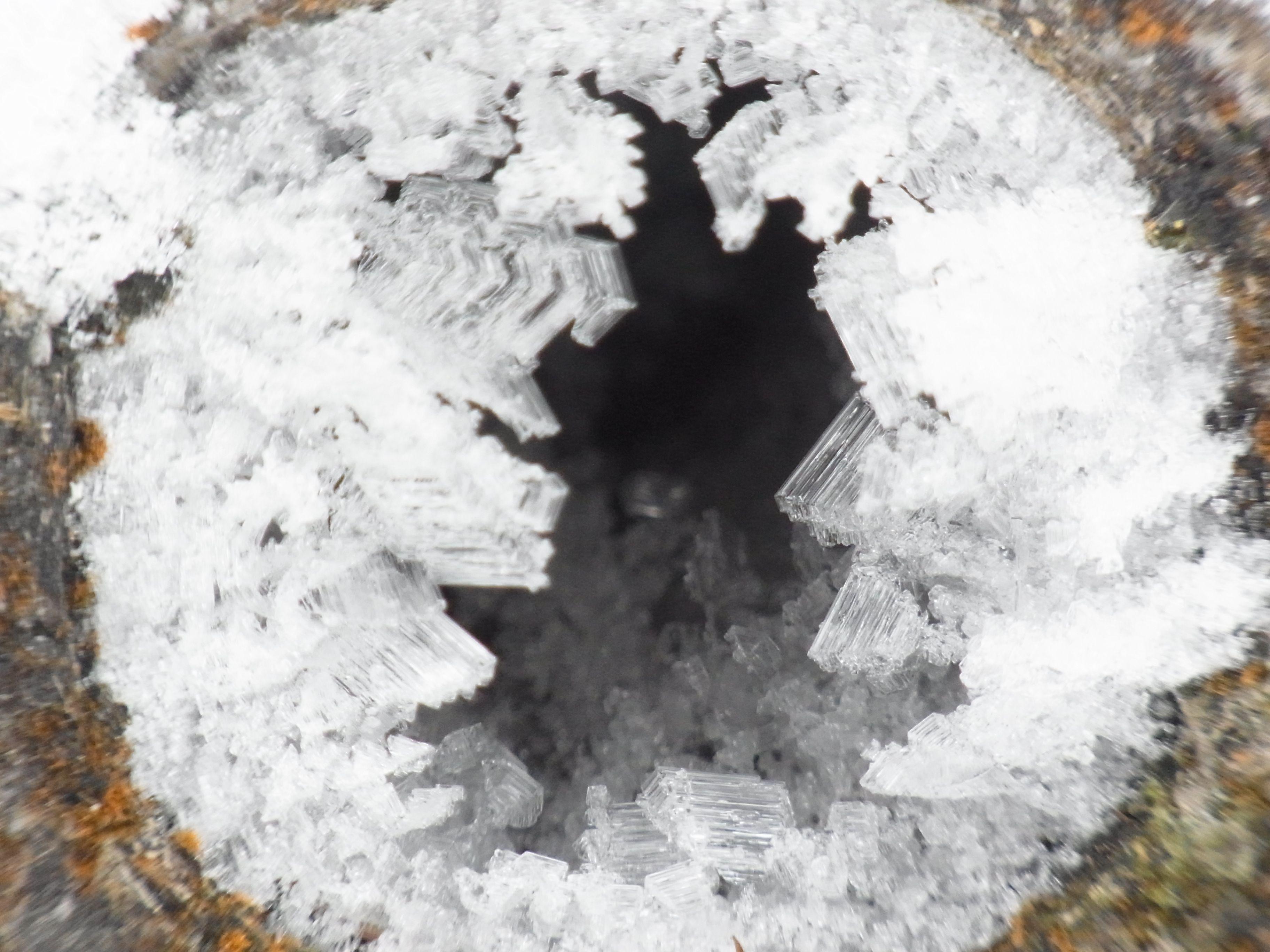 結晶 氷雪 の