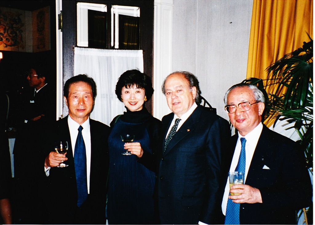プジョール首相とスペイン大使館にて (1024x732).jpg