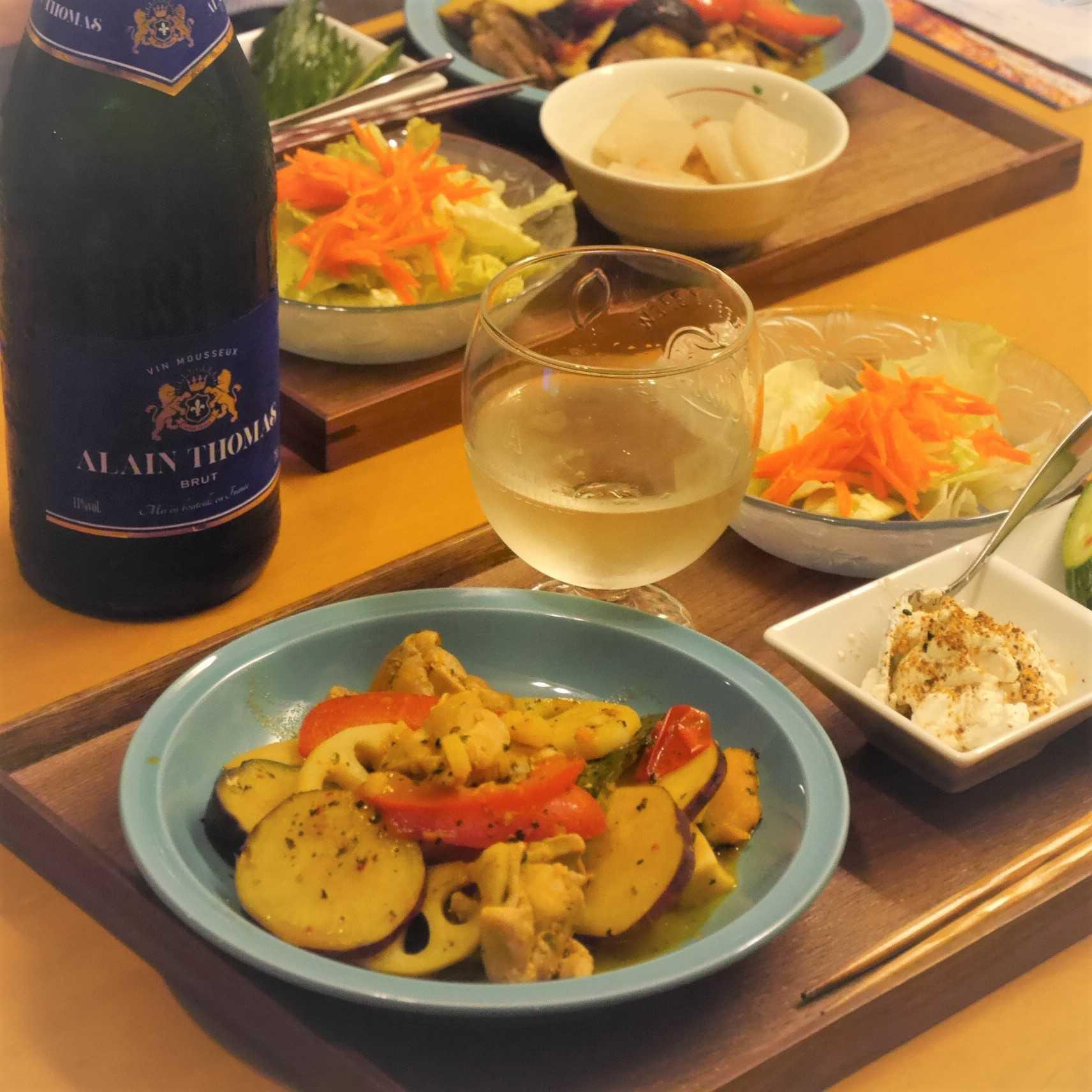 秋野菜と鶏肉のハーブソテー_食卓