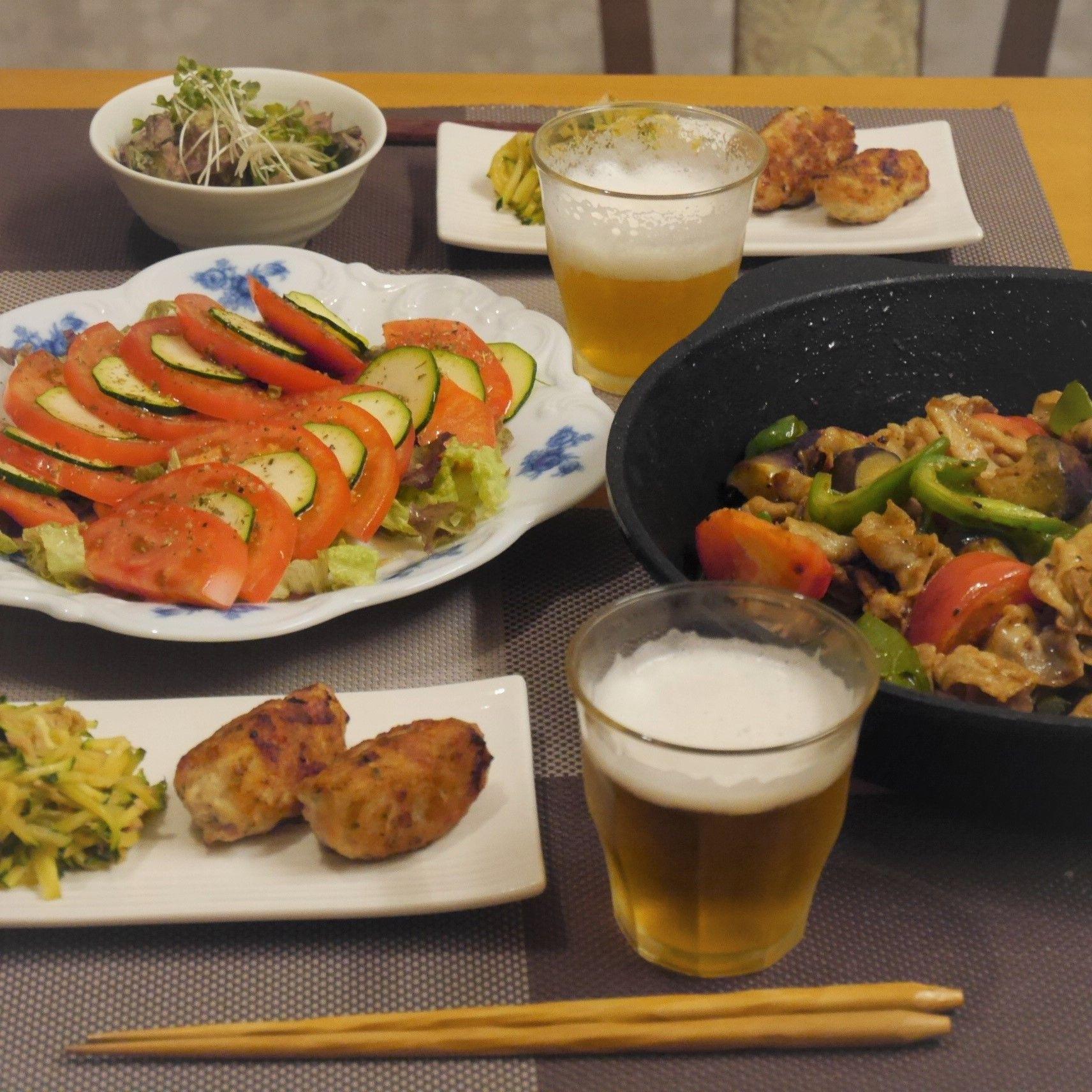 夏野菜たっぷり☆カラフル回鍋肉_食卓