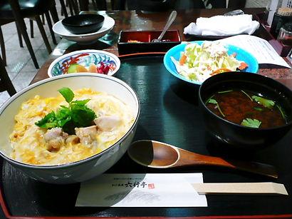 名古屋 エスカ地下街 六行亭のコーチン親子丼セット