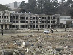被災石巻小学校.jpg