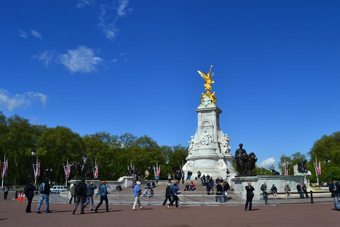 ロンドン広場.jpg