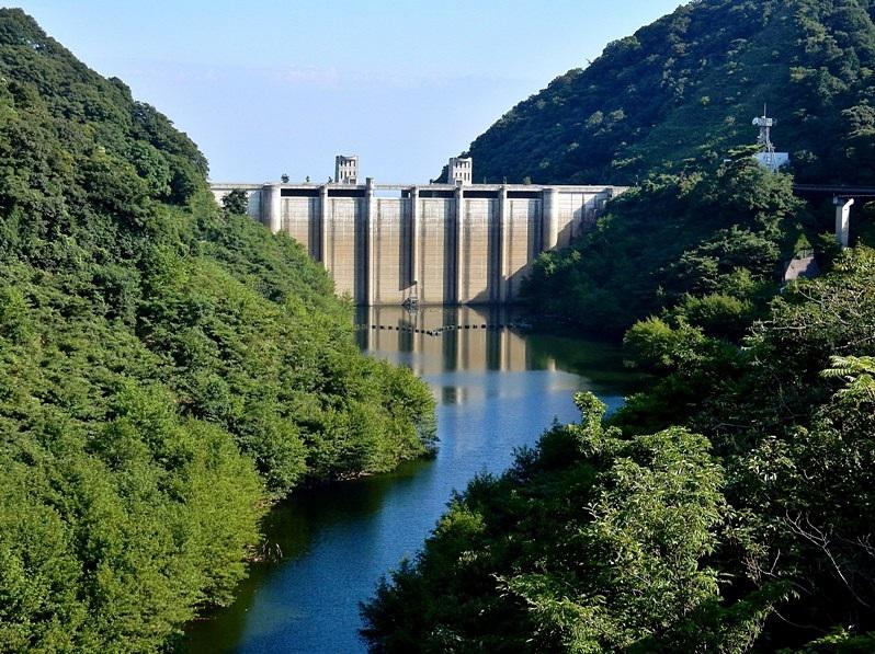 石井ダム1.JPG