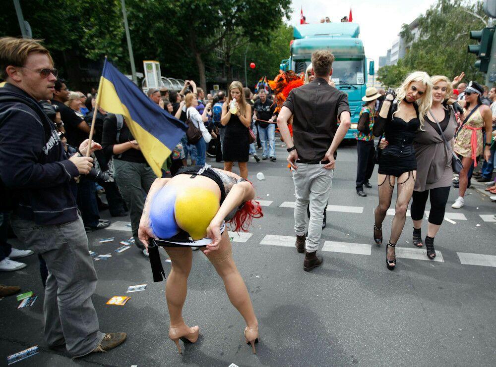 Разгон гей парада  Страница 3  YAHOOEU