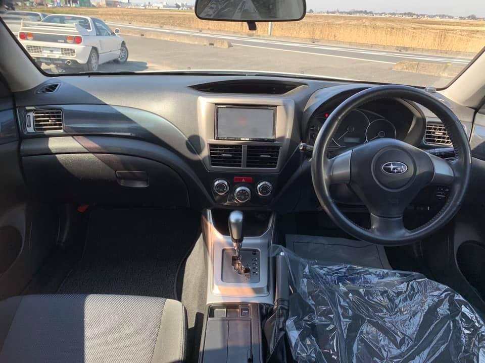 インプレッサ レイズ 板金  車検 故障 整備 修理 事故