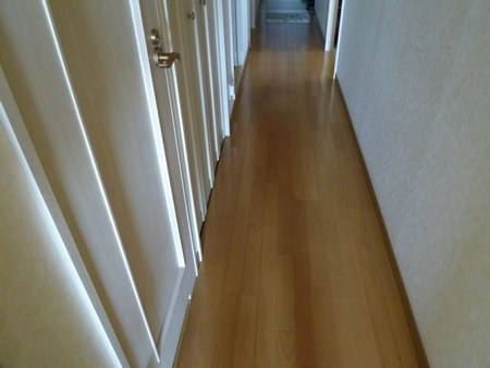 1寝室廊下450.jpg