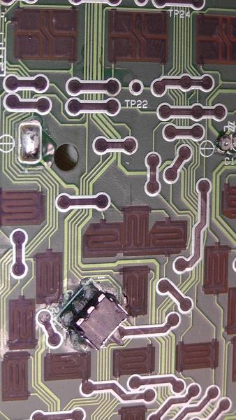 基板上のボタン接点