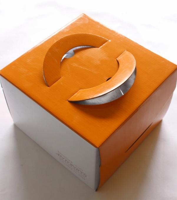 ケーキ 箱.jpg