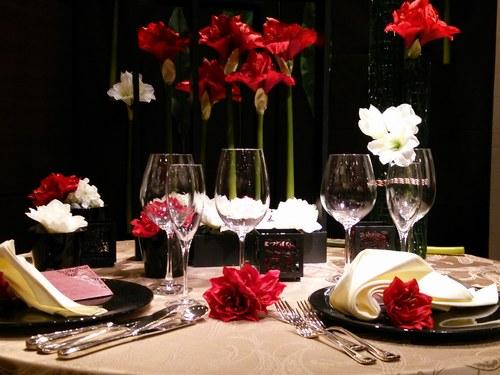 1ホテル結婚式場テーブル5001.jpg