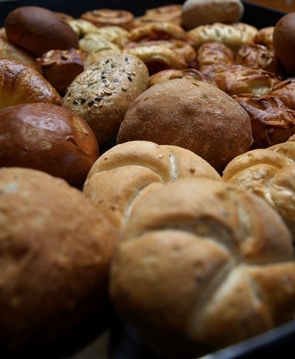 焼きたての香ばしい匂い、ハード系のパンも!