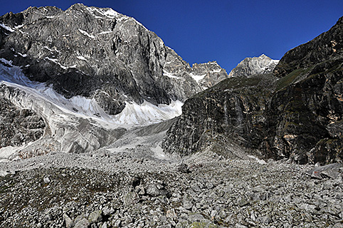 Asaja-Tuppa-South-face.jpg